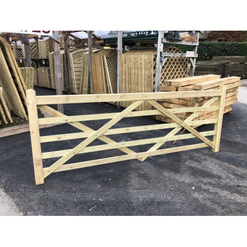 Universal semi planed field gate 3.05m (10')
